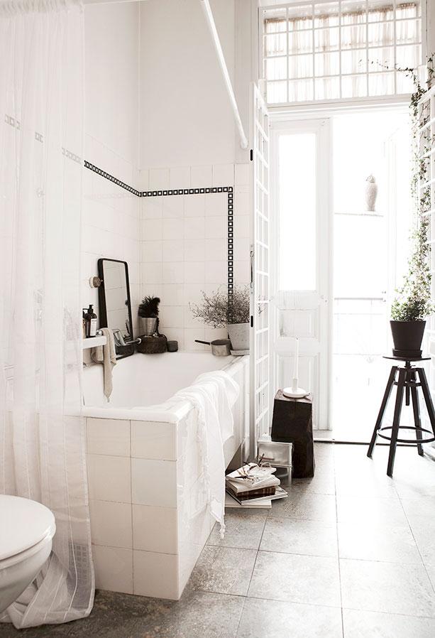 daniella witte badrum inspo 1