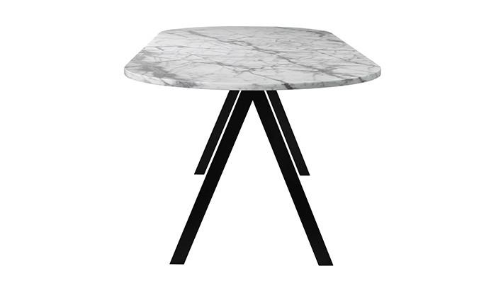 Matbord-i-marmor-Saw-table-av-Ida-Linnea-Hildebrand,-Friends-&-founders