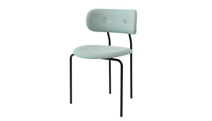 Stol-Coco-chair-av-OEO-studio-Gubi
