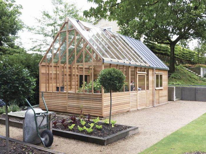 Bild på växthus i ceder.