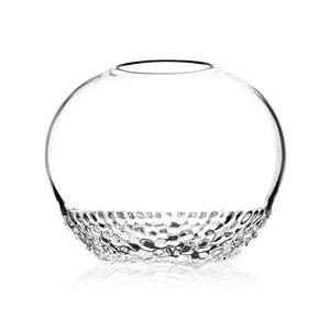 Munblåst vas i klar kristall. Pris: 799:-. Foto: Målerås