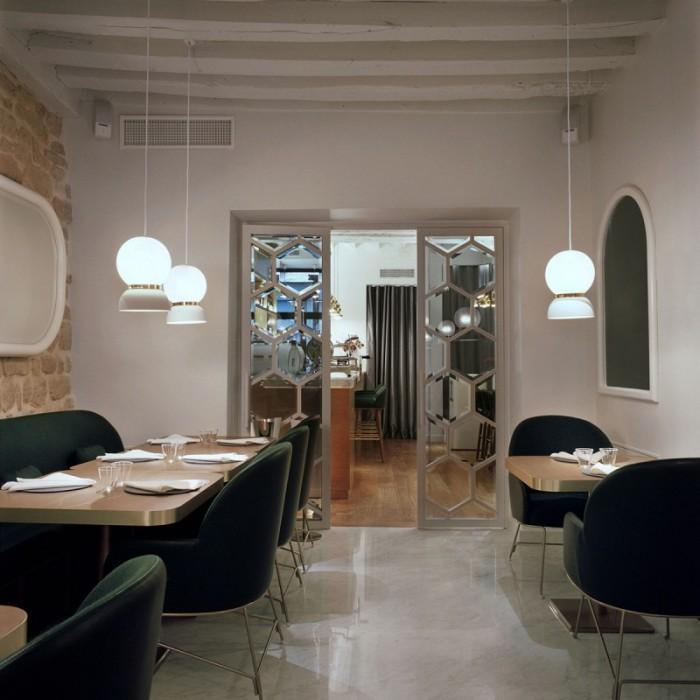 Hayon har designat den nyöppnade restaurangen Le Sergent Recruteur i Paris.