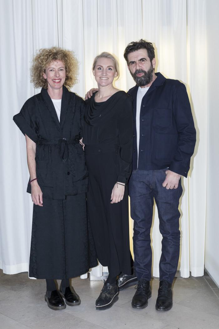 Norska superstylisterna Kråkvik & D'Orazio som varit Designed to Last scenografer, Jannicke Kråkvik, Anna Hänström projektledare Residence och för utställningen Designed to Last, Alessandro D'Orazio.