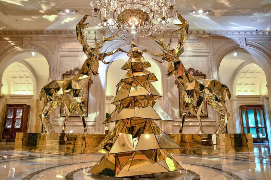 Christmas decor, Four Seasons Hotel George V, Paris.