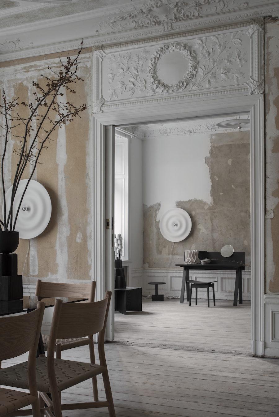 Bild på Residences utställning A quiet reflection tillsammans med Ariake.