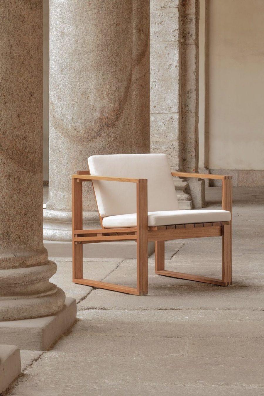 Indoor Outdoor en kollektion designad av Bodil Kjær nylanserad av Carl Hansen & Son.