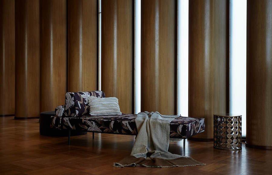 Bild på soffa i Göteborgs Konserthus.