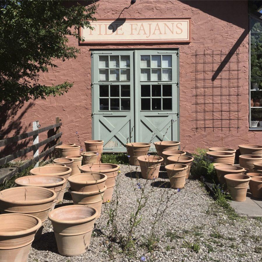 Fide Fajans utanför Burgsvik är ett måste för keramikfantaster.