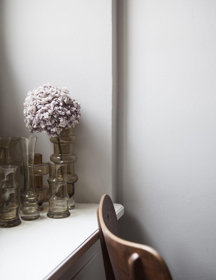 Vintagevaser hemma hos supermodellen Frida Gustavsson.