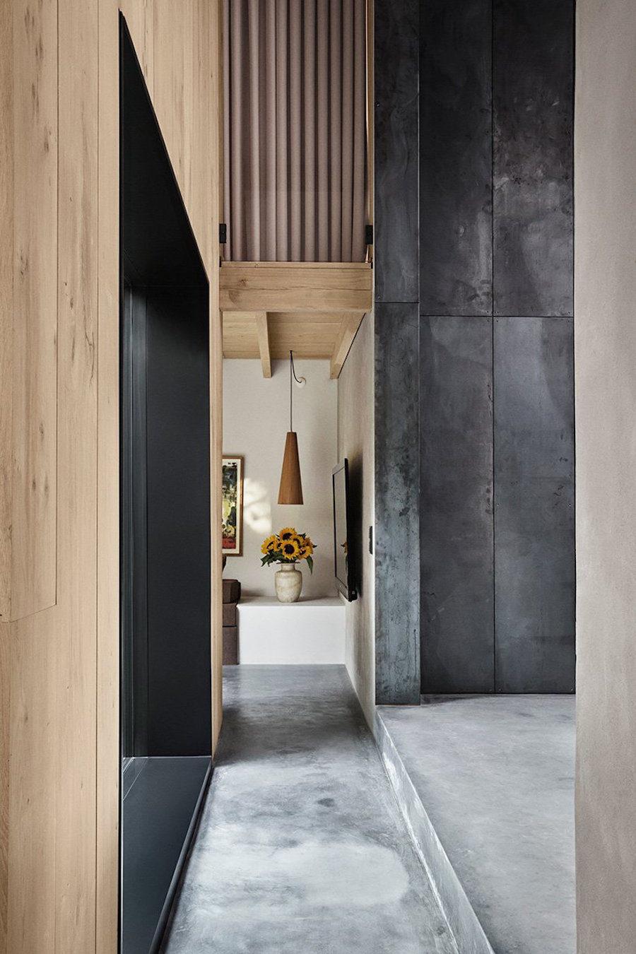 Hemma hos Peter Krasilnikoff, ritat av Studio David Thulstrup.