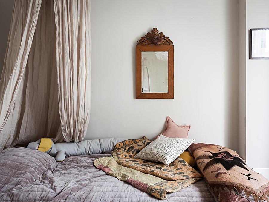barnrum sänghimmel överkast plädar