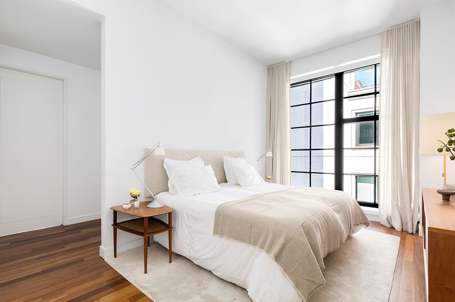 New York etage Engelbert sovrum med säng