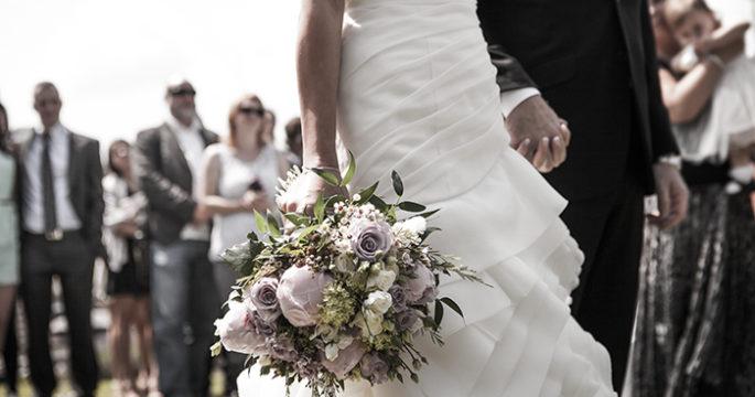 vett och etikett bröllop valfri klädsel