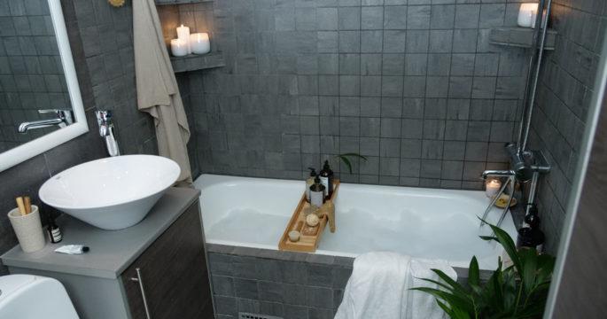 3 enkla sätt som förnyar ditt badrum