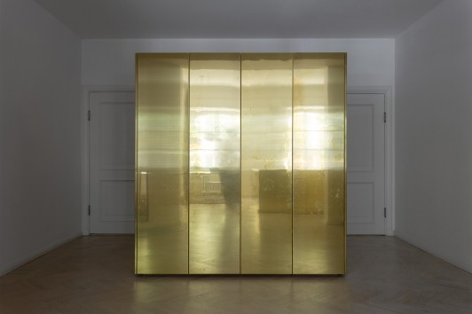 gold and grey apartment richard lindvall3