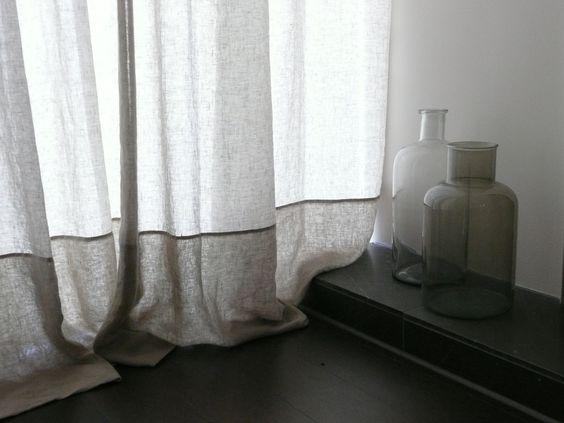 Exempel på tvåfärgad gardin.
