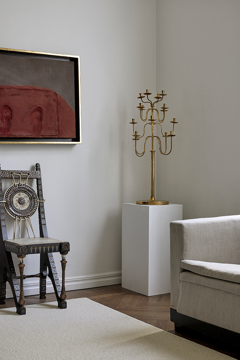 Bukowskis konst och design fick ett sammanhang i Claes Juhlins styling.